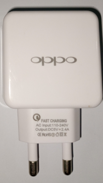 Fast Charging Output 240v Ampair 2.4A